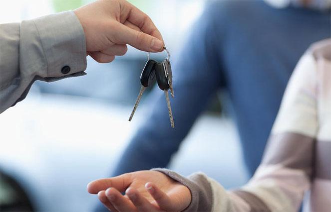 Как оформить кредит на покупку автомобиля с пробегом у физлица