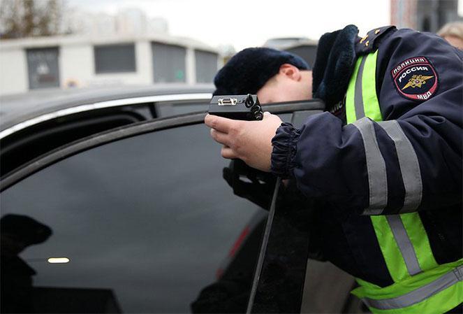 Какой штраф ГИБДД за тонировку стекол автомобиля в 2019 году