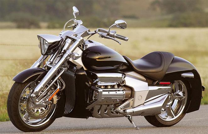 Мощный мотоцикл