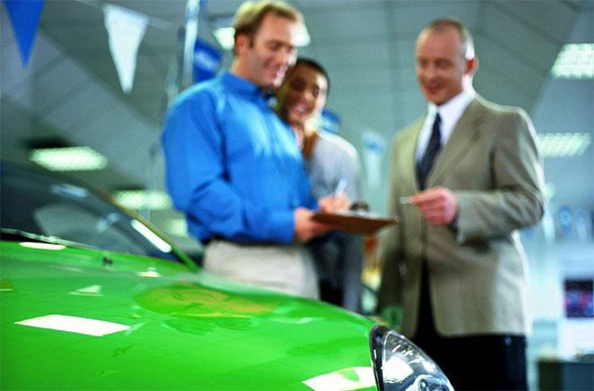 Как купить автомобиль у судебных приставов: аукцион, конфискат