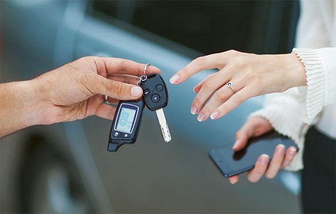 Продажа автомобиля юридическим лицом: особенности сделки