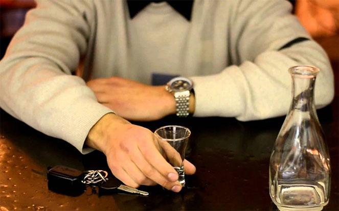 Пьяный за рулем вашего авто: чем это грозит