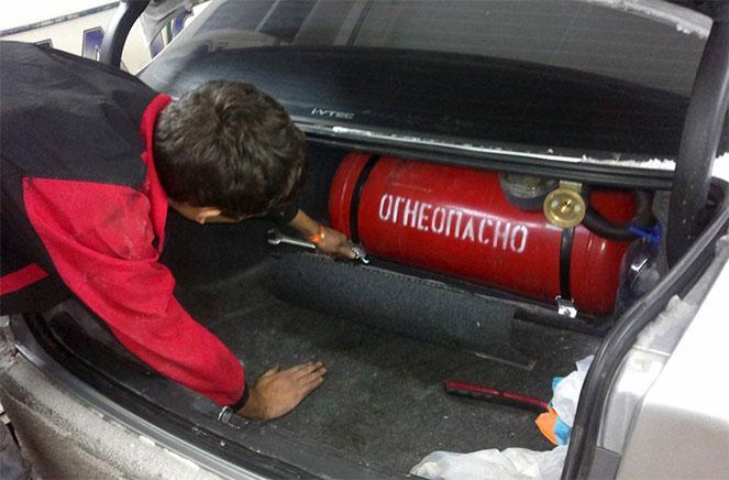 Газовое оборудование на автомобиль, что это такое, как установливается и как работает
