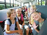 Запрет на перевозку детей автобусами старше 10 лет обещают отменить