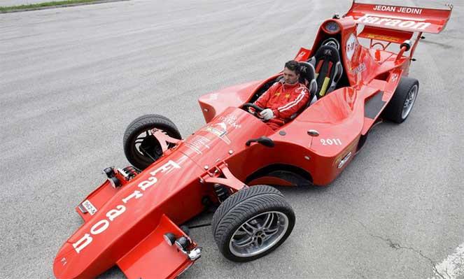 Самодельный болид для гонок «Формула-1»