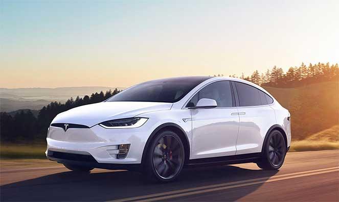 Tesla Model X признан самый безопасным кроссовером в мире