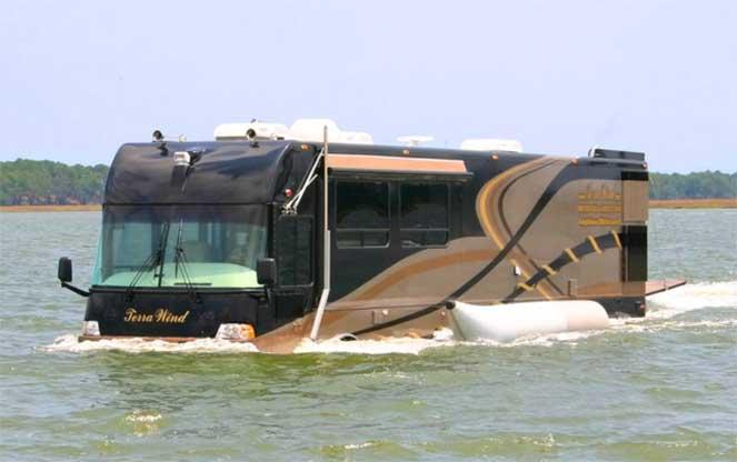 Terra Wind – дом на колесах, способный передвигаться по воде