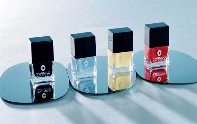 Renault выпустил лак для ногтей, которым можно красить автомобиль