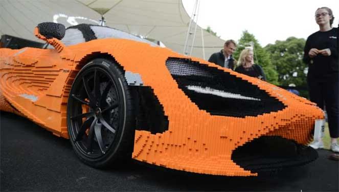 Из конструктора Lego собрали McLaren 720S