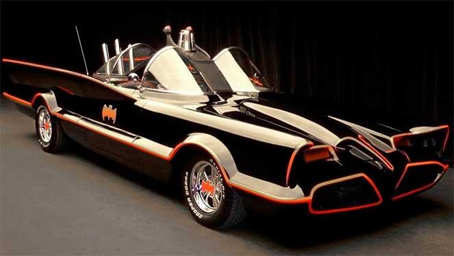 Бэтмобиль 1966 года выставлен на продажу