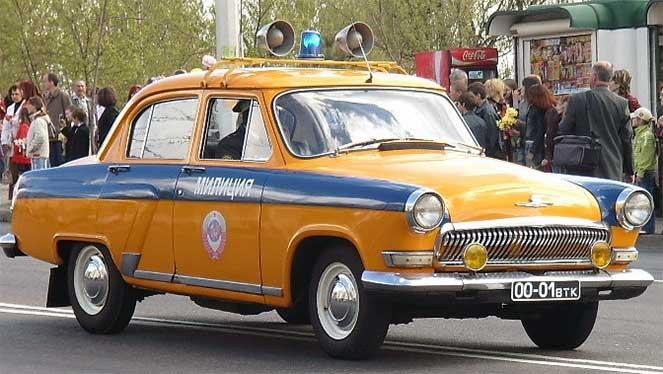 10 машин на службе советской и российской милиции
