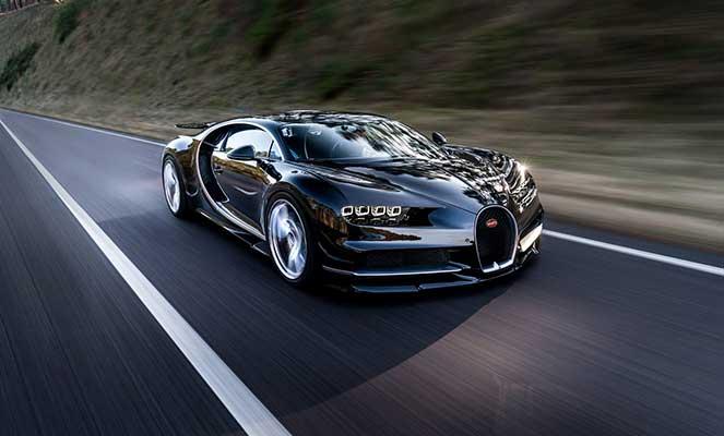 Сверхмощный гиперкар Bugatti Chiron засекли на тестах