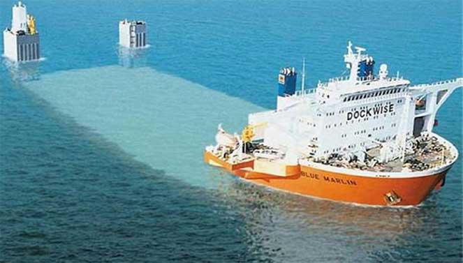 «Голубой Марлин» – грузовой корабль, который погружается под воду