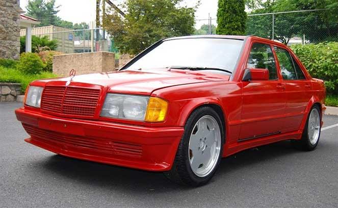 Единственный в своем роде Mercedes-Benz W201 190E с 5.6-литровым V8