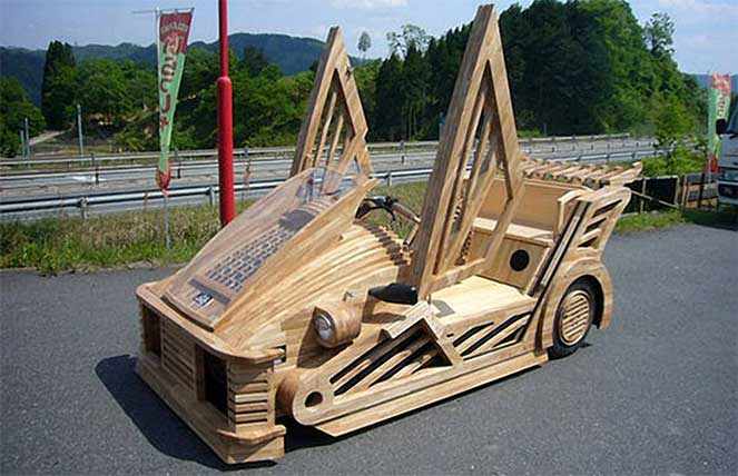 Maniwa Wooden Supercar