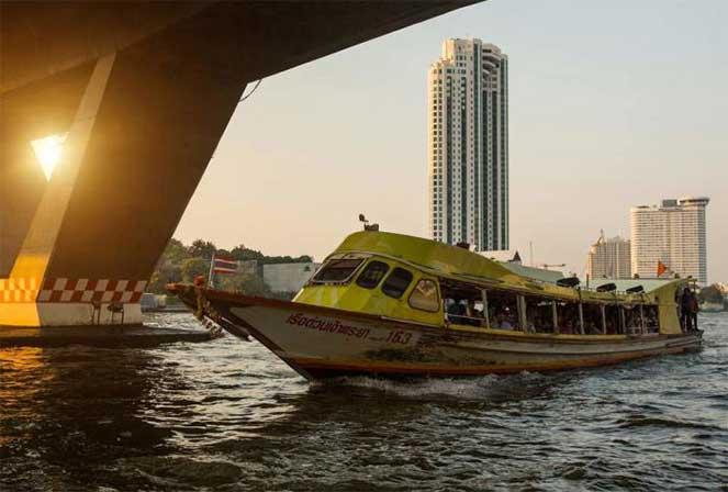 Канальное такси в Бангкоке