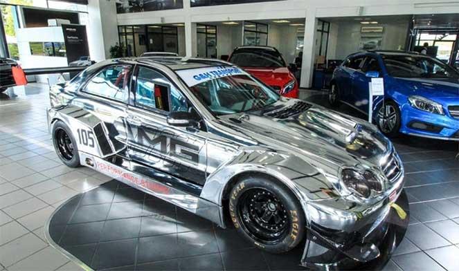 Mercedes-Benz W203 C 55 AMG превратили в настоящее гоночное авто