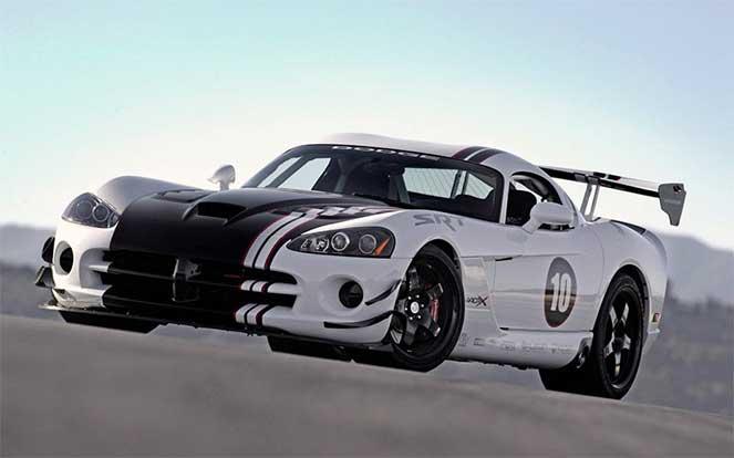 Легенда уходит: история знаменитого масл-кара Dodge Viper