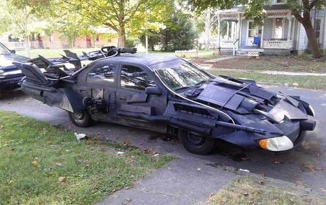 Подержанная Toyota Camry превратилась в «бэтмобиль»