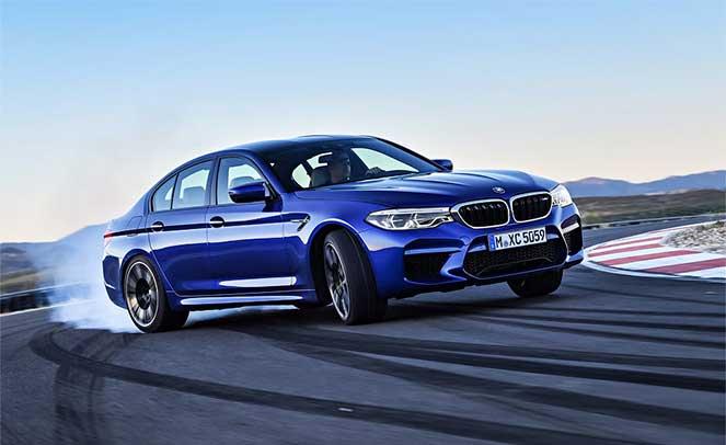 BMW M5 – впечатляющий и стильный седан