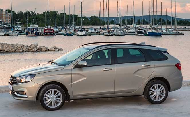 АвтоВАЗ начинает выпуск универсалов Lada Vesta