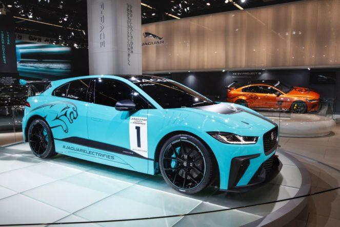 Jaguar готовится к чемпионату по гонкам среди электрокаров