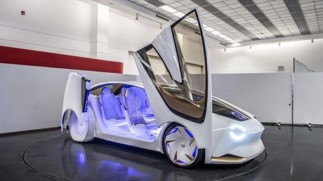 Toyota представила машины, способные распознавать голос и эмоции