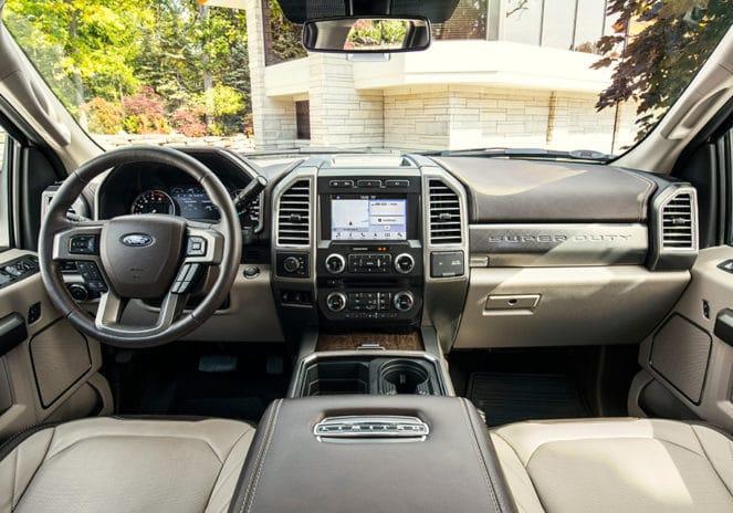 Салон нового Ford