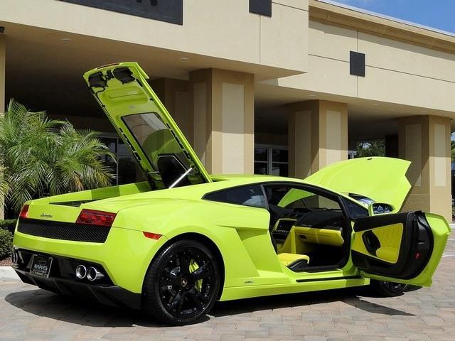 """Lamborghini известного рестлера и звезды """"12 раундов"""" можно купить"""