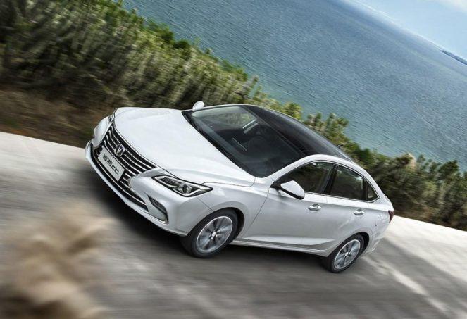 На рынок вышла китайская копия Toyota Camry