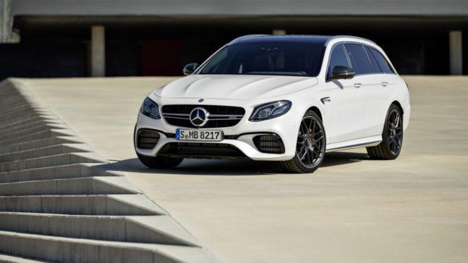 Автомобиль Mercedes AMG-E63
