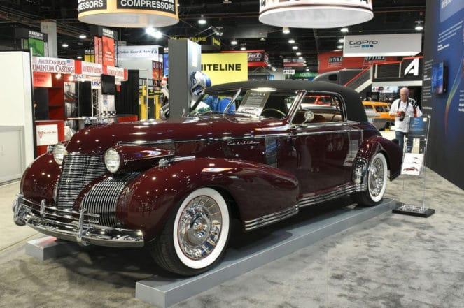 Старая модель Cadillac «Madam X» собрана по эскизам