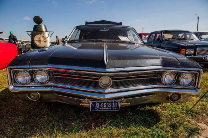 Раритетное авто с туманной историей выставлен на продажу в Киеве