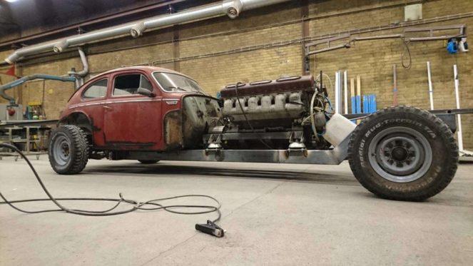 Невероятно: швед поставил в Volvo двигатель от танка!