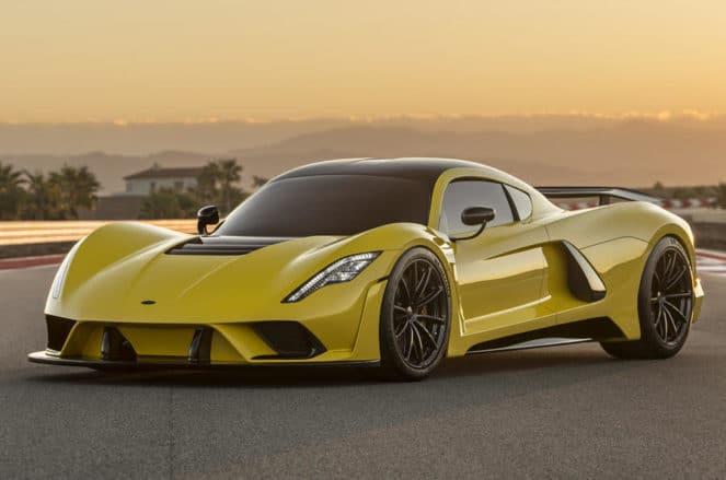Самый быстрый серийный суперкар показали в США