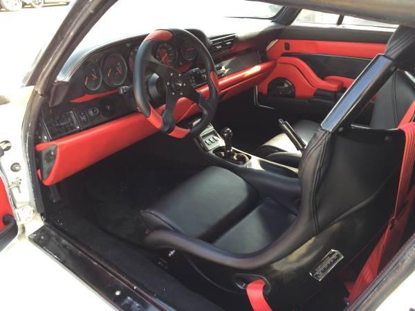 копия Porsche 911 GT1 салон