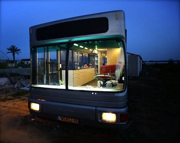 Самые крутые дома на колесах, сделаные из старых автобусов