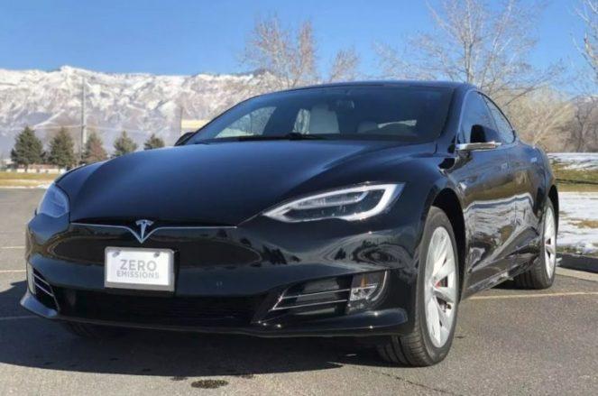 Появилась бронированная Tesla Model S