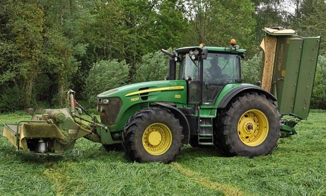 Трактор Джон Дир 7830