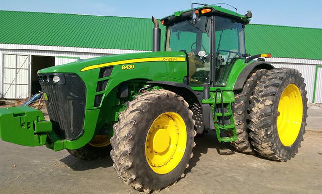 "Трактор ""Джон Дир 8430"":"