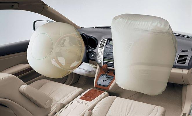 Подушка безопасности в машине