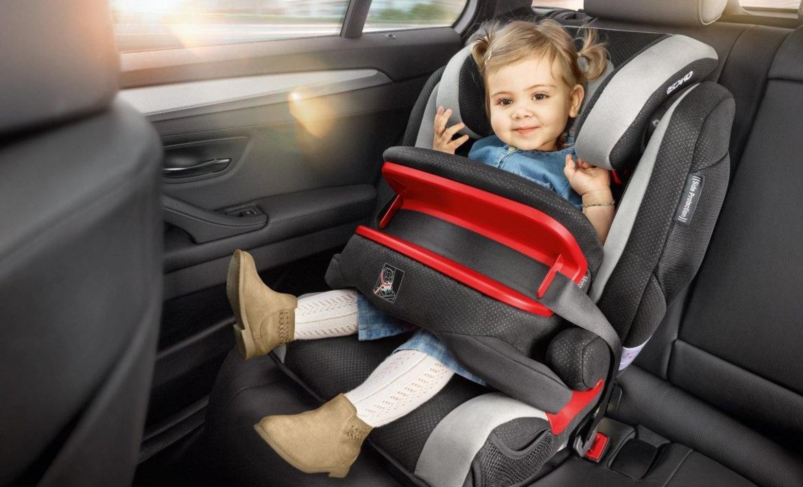 Провоз дошкольников в машине
